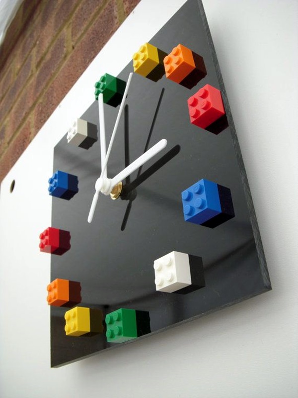 fabulas-wall-clocks-to-embrace-your-home-entrance-4