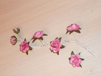 how-to-make-sprig-of-wild-roses-17