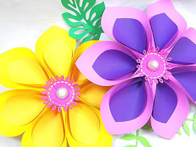 How to Make Giant Hawaiian Paper Flowers-1