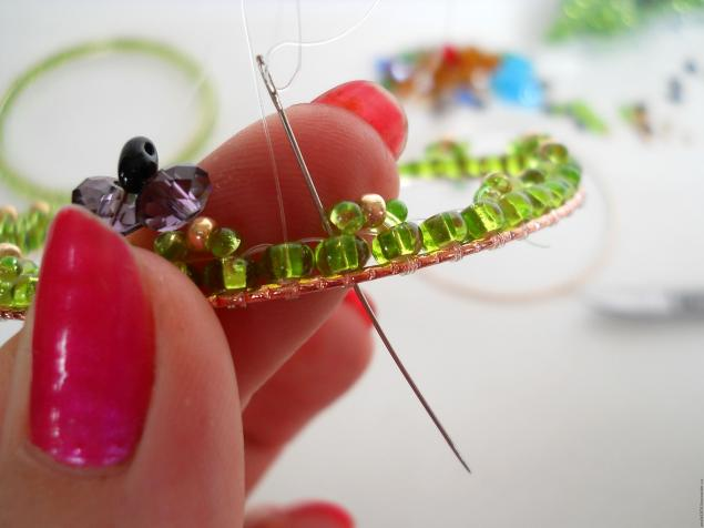 how-to-make-butterfly-bracelet-27