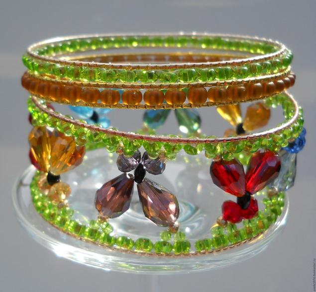 how-to-make-butterfly-bracelet-32