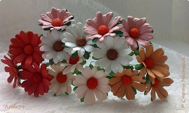 how-to-make-daisy-from-the-paper-for-scrapbooking-81
