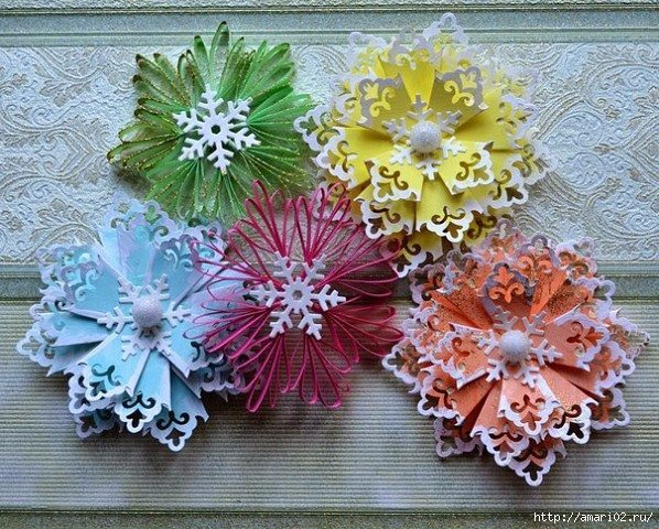 how-to-make-snowflakes-for-new-year-decoration-1
