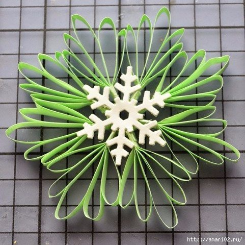 how-to-make-snowflakes-for-new-year-decoration-10