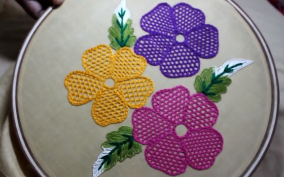 Hand Embroidery Net Stitch Design For Cushion Cover